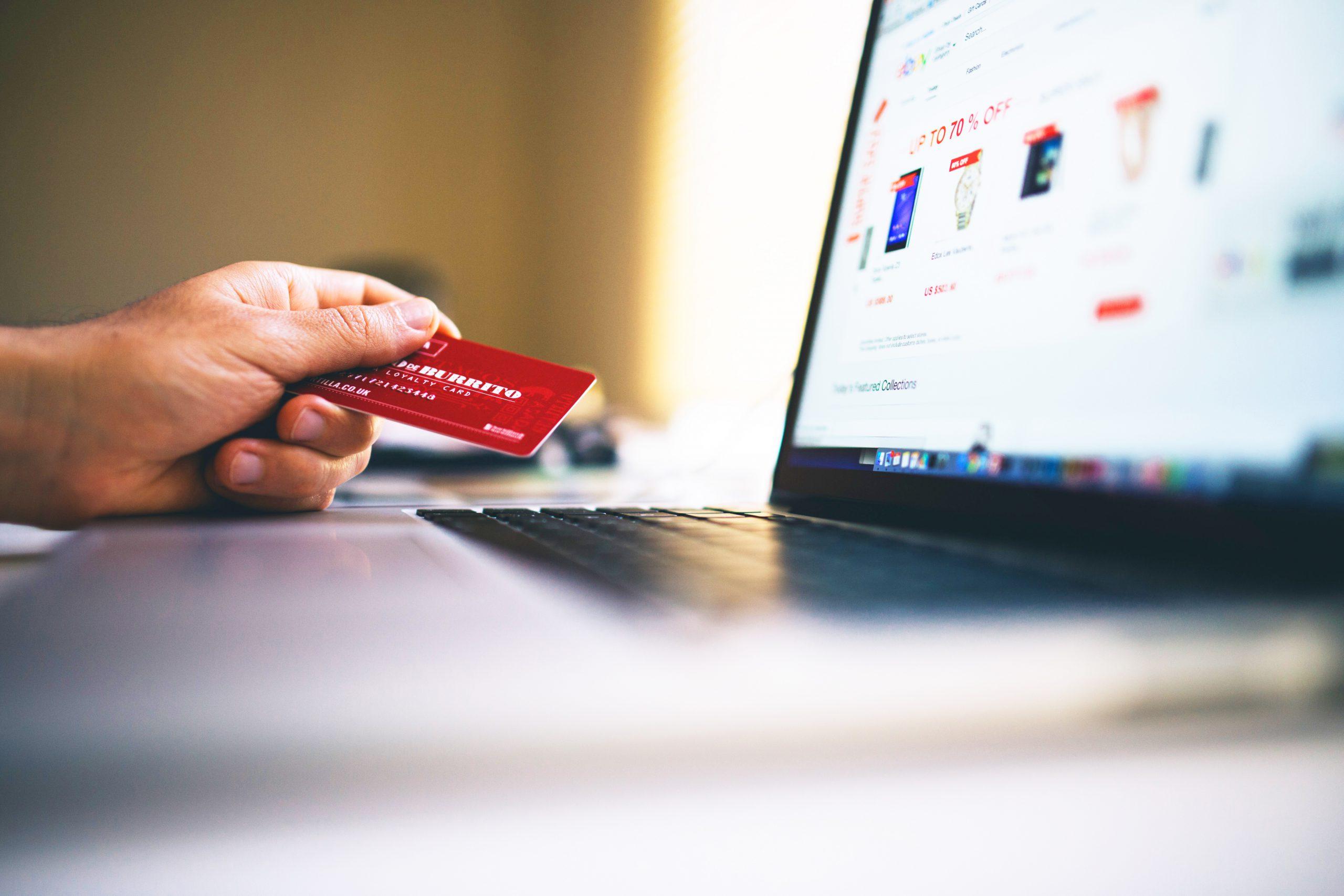 O comércio varejista, a transformação digital e a crise